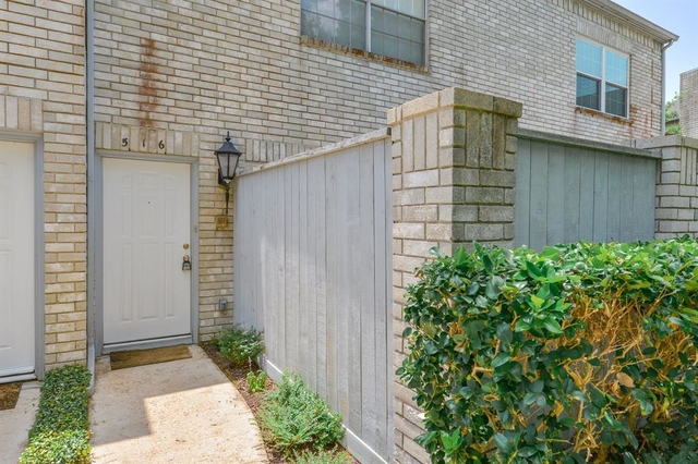 2 Bedrooms, Marlborough Square Condominiums Rental in Houston for $1,600 - Photo 1