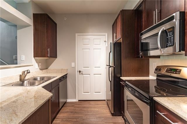 2 Bedrooms, Vickery Place Rental in Dallas for $2,248 - Photo 1