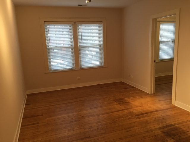 2 Bedrooms, Ravenswood Rental in Chicago, IL for $1,475 - Photo 2