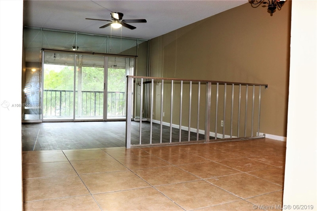 2 Bedrooms, Country Club Rental in Miami, FL for $1,450 - Photo 2