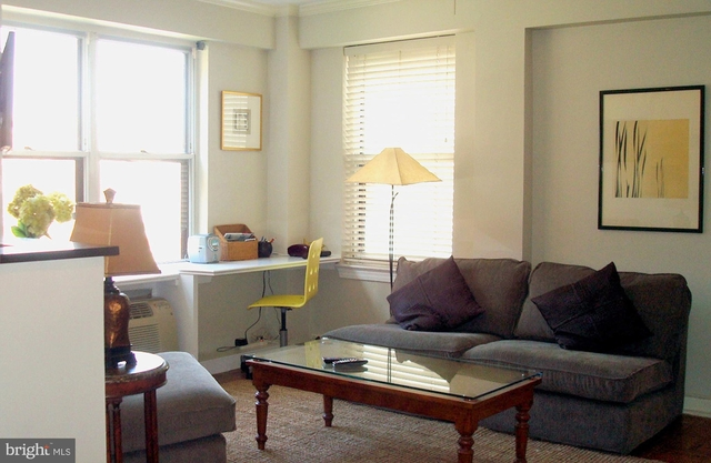 Studio, West End Rental in Washington, DC for $2,730 - Photo 2