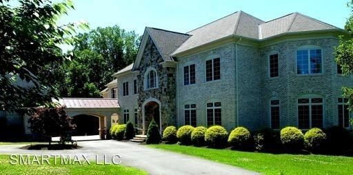 6 Bedrooms, Great Falls Rental in Washington, DC for $10,000 - Photo 2