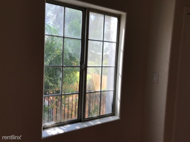2 Bedrooms, Angelino Heights Rental in Los Angeles, CA for $2,185 - Photo 1