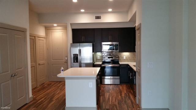 1 Bedroom, Fourth Ward Rental in Houston for $1,320 - Photo 2