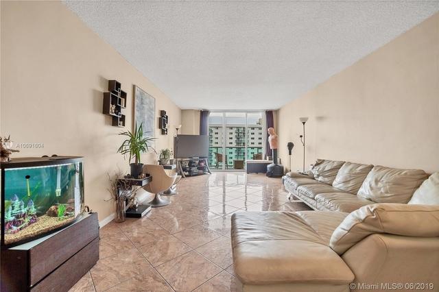 1 Bedroom, Golden Shores Ocean Boulevard Estates Rental in Miami, FL for $1,625 - Photo 2