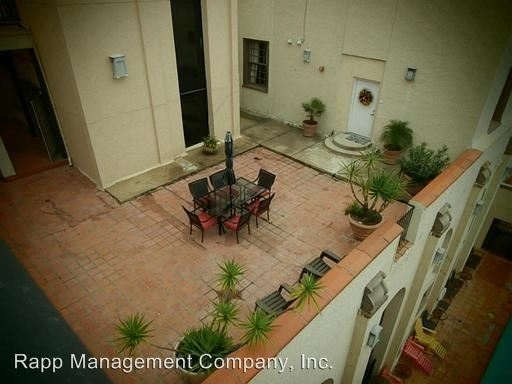 2 Bedrooms, Downtown Galveston Rental in Houston for $1,810 - Photo 1