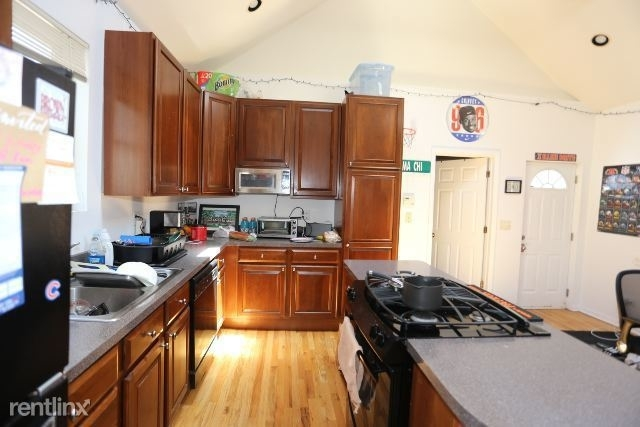 4 Bedrooms, Lathrop Rental in Chicago, IL for $3,300 - Photo 2