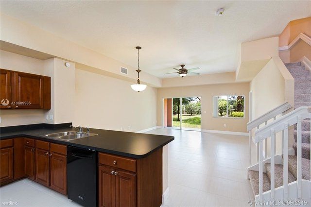 3 Bedrooms, Seventh Day Rental in Miami, FL for $2,175 - Photo 2