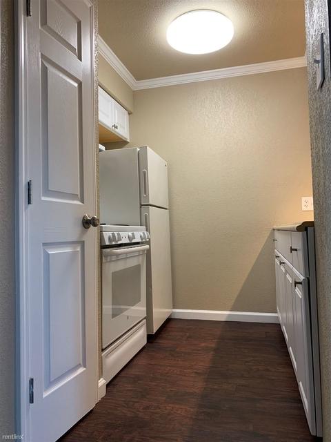 1 Bedroom, Golfcrest Rental in Houston for $800 - Photo 2