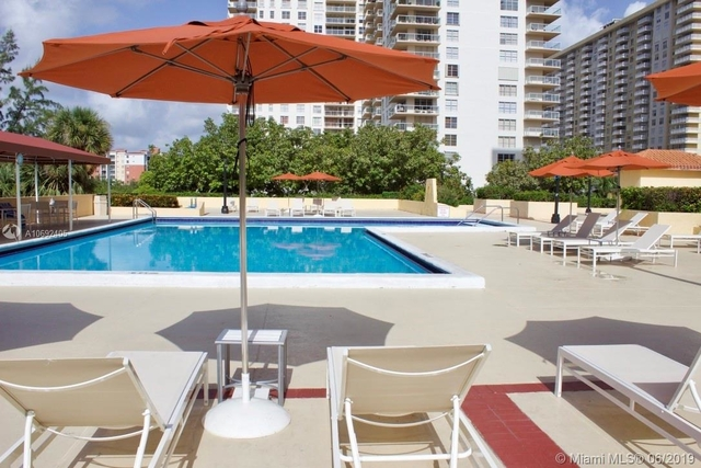 2 Bedrooms, Winston Towers Rental in Miami, FL for $2,700 - Photo 1