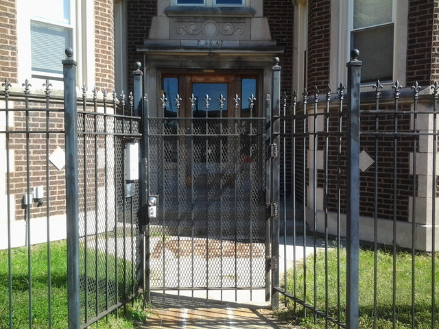 1 Bedroom, South Shore Rental in Chicago, IL for $800 - Photo 1