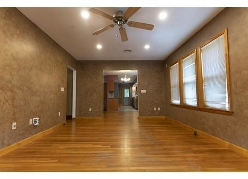 3 Bedrooms, Maplewood Highlands Rental in Boston, MA for $2,420 - Photo 1