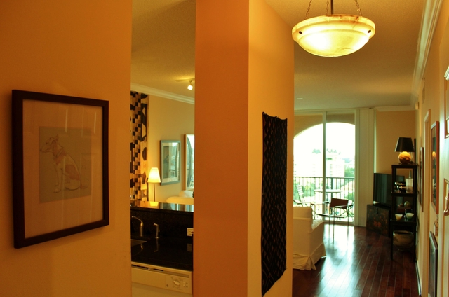 1 Bedroom, Courtyards in Cityplace Condominiums Rental in Miami, FL for $1,800 - Photo 2