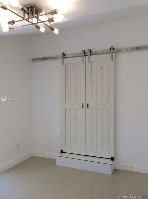 4 Bedrooms, Silver Bluff Estates Rental in Miami, FL for $3,500 - Photo 2
