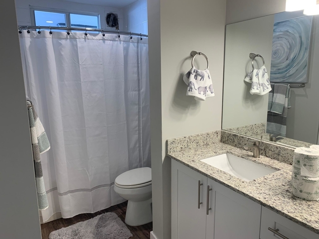 2 Bedrooms, Courtyards in Cityplace Condominiums Rental in Miami, FL for $2,080 - Photo 2