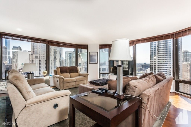 2 Bedrooms, Gold Coast Rental in Chicago, IL for $3,995 - Photo 2