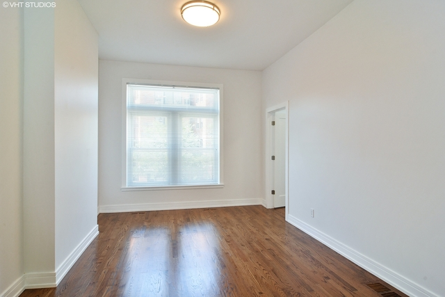 2 Bedrooms, West Town Rental in Chicago, IL for $2,200 - Photo 2
