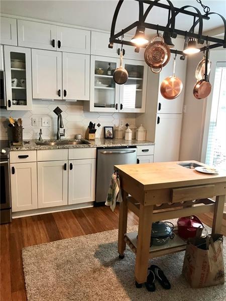 2 Bedrooms, Brandon Mill Farm Rental in Atlanta, GA for $1,575 - Photo 2