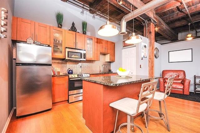 2 Bedrooms, Castleberry Hill Rental in Atlanta, GA for $2,000 - Photo 1