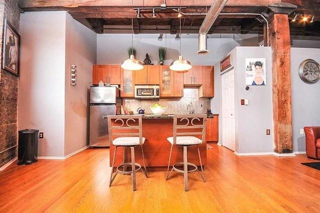 2 Bedrooms, Castleberry Hill Rental in Atlanta, GA for $2,000 - Photo 2