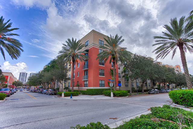 1 Bedroom, Courtyards in Cityplace Condominiums Rental in Miami, FL for $1,650 - Photo 2