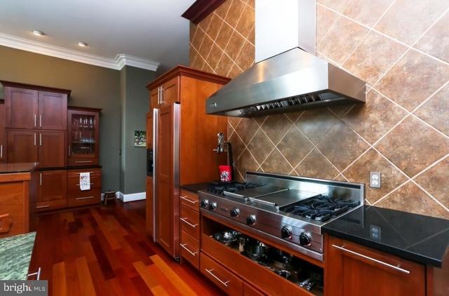 3 Bedrooms, Bella Vista - Southwark Rental in Philadelphia, PA for $7,000 - Photo 2