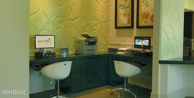 1 Bedroom, Alexan Kirby Apts Rental in Houston for $1,193 - Photo 2