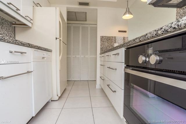 1 Bedroom, Belle View Rental in Miami, FL for $1,700 - Photo 2