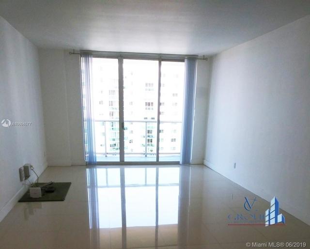 1 Bedroom, Golden Shores Ocean Boulevard Estates Rental in Miami, FL for $1,825 - Photo 1
