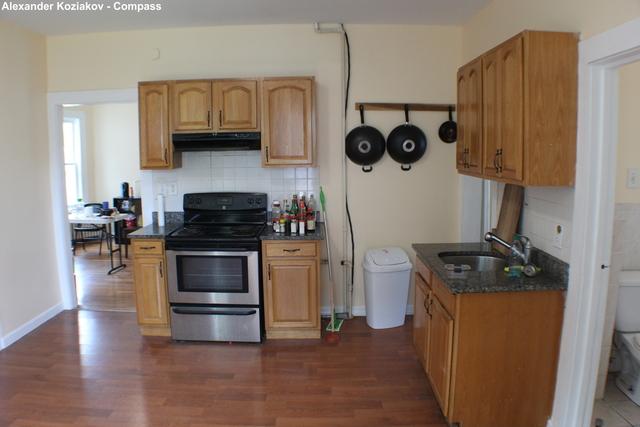 3 Bedrooms, Egleston Square Rental in Boston, MA for $2,750 - Photo 2