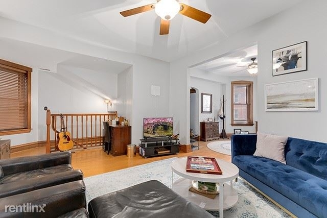 4 Bedrooms, North Center Rental in Chicago, IL for $3,250 - Photo 1