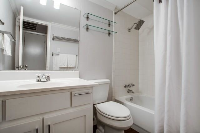 1 Bedroom, Two Holland Place Rental in Dallas for $1,200 - Photo 2
