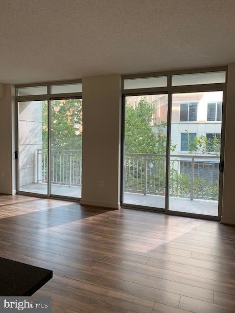 2 Bedrooms, Ballston - Virginia Square Rental in Washington, DC for $2,900 - Photo 2