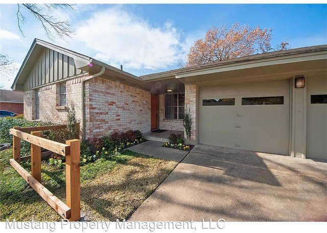 3 Bedrooms, Highland Meadows Rental in Dallas for $2,500 - Photo 2
