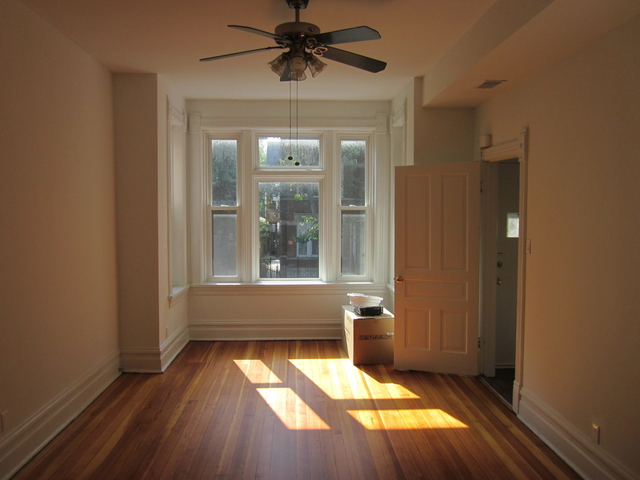 2 Bedrooms, Bucktown Rental in Chicago, IL for $2,250 - Photo 2