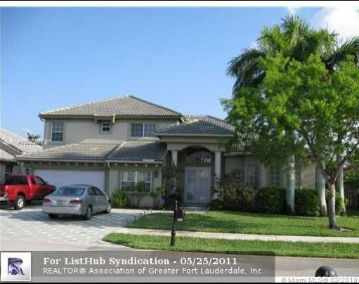 4 Bedrooms, Rlling Hills Golf & Tennis Club Rental in Miami, FL for $4,000 - Photo 1