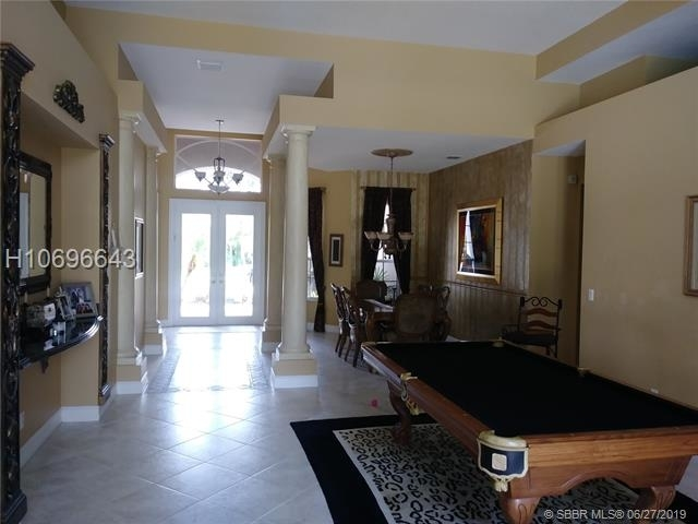 3 Bedrooms, Rlling Hills Golf & Tennis Club Rental in Miami, FL for $6,500 - Photo 1