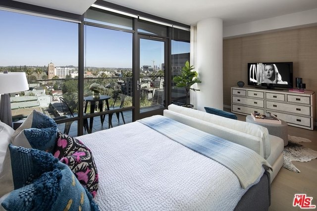 Studio, Hollywood United Rental in Los Angeles, CA for $3,400 - Photo 2