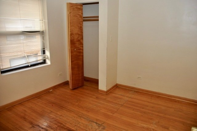 1 Bedroom, South Shore Rental in Chicago, IL for $735 - Photo 2
