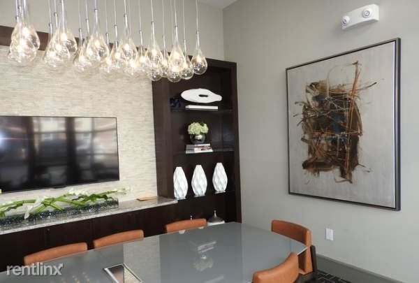 1 Bedroom, Koenig Rental in Houston for $1,546 - Photo 2