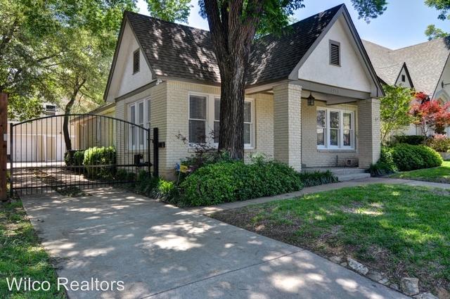 3 Bedrooms, North Hi Mount Rental in Dallas for $2,595 - Photo 2
