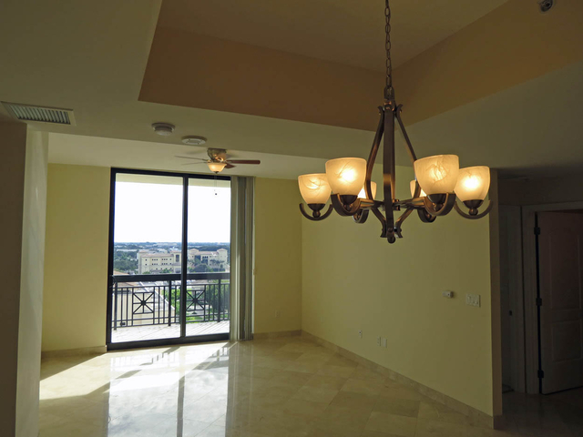 2 Bedrooms, Downtown West Palm Beach Rental in Miami, FL for $3,050 - Photo 2