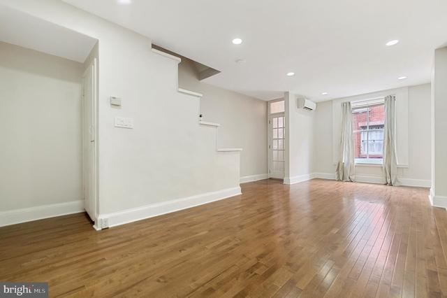 3 Bedrooms, Bella Vista - Southwark Rental in Philadelphia, PA for $2,095 - Photo 2