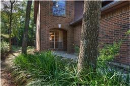 3 Bedrooms, Cochran's Crossing Rental in Houston for $1,600 - Photo 2