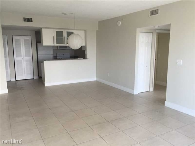 2 Bedrooms, Media and Entertainment District Rental in Miami, FL for $2,250 - Photo 2