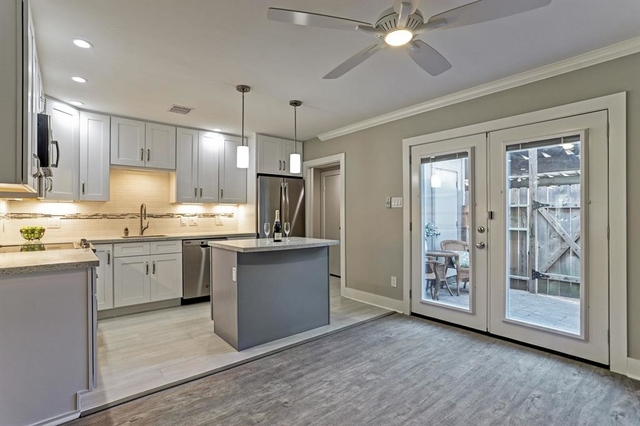 2 Bedrooms, Shadow Pines Condominiums Rental in Houston for $1,650 - Photo 2