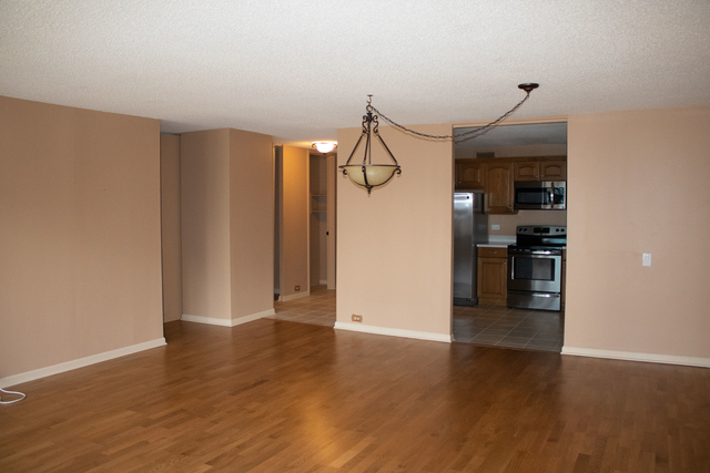 2 Bedrooms, Near East Side Rental in Chicago, IL for $3,200 - Photo 2