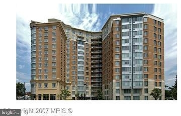 2 Bedrooms, Mount Vernon Square Rental in Baltimore, MD for $3,300 - Photo 2