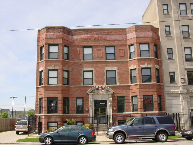 3 Bedrooms, Woodlawn Rental in Chicago, IL for $1,900 - Photo 1