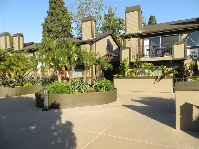 2 Bedrooms, Westside Costa Mesa Rental in Los Angeles, CA for $2,600 - Photo 2
